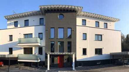 Erstbezug mit Balkon: attraktive 3-Zimmer-Hochparterre-Wohnung in Oerlinghausen Helpup