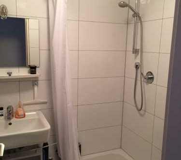 Exklusive, gepflegte 1-Zimmer-Wohnung mit Balkon und Einbauküche in Unterensingen