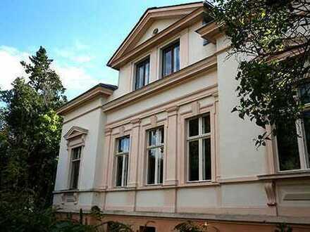Bild_Charmante Dachgeschoßwohnung in sanierter Villa