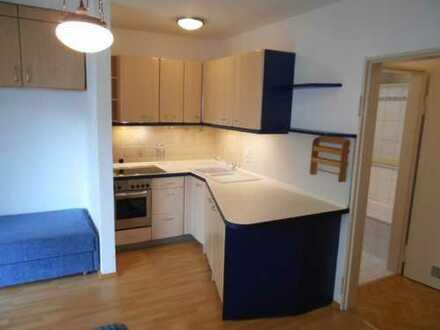 (VE 439) Sofort bezugsfertiges wunderschön möbliertes helles Apartment mit Terasse