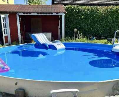 Träumen Sie von einem großen Haus mit großem Grundstück und Pool?
