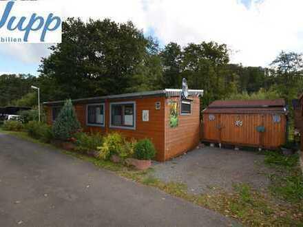 Gepflegtes kleines Ferienhaus mit Garten, 2 Terrassen und Autostellplatz Stadtkyll