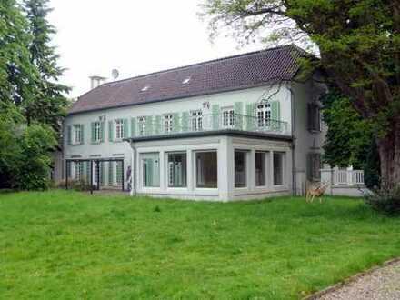 - Eine besondere Immobilie mit Geschichte -  Stattliches, imposantes Herrenhaus auf dem Agnetenhof
