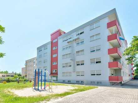 Teilsanierte 3-Zimmer-Wohnung mit Balkon in ruhigem Wohngebiet