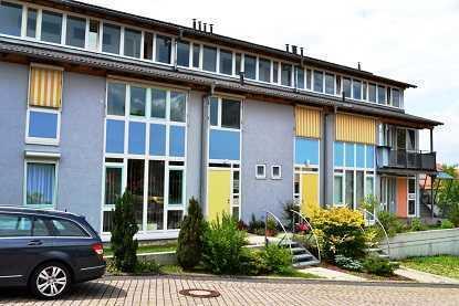 Lichtdurchflutete 1-Zimmer-Wohnung mit schöner Aussichtslage in Remchingen-Wilferdingen