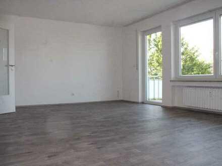 Renovierte und großzügige 3,5 ZKB-Wohnung in guter Lage Grabens