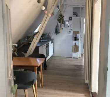 Schöne Dachgeschoßwohnung im Zentrum von Ingolstadt mit Einbauküche und Dachterrasse