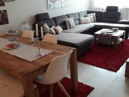 Stilvolle, neuwertige 4-Zimmer-Wohnung mit Balkon und Einbauküche in Sindelfingen
