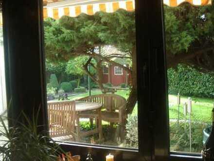 Charmantes Apartment mit eigener Terrasse im Herzen Bockums - PERFEKT für Studierende oder Pendler!
