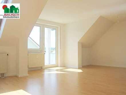 Renoviert, 3 Zimmer, Balkon, Carport - einfach schön!