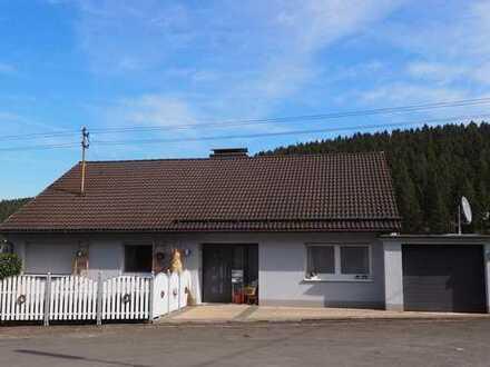 Einfamilienhaus mit Einliegerwohnung in sonniger Lage von Freudenberg-Alchen