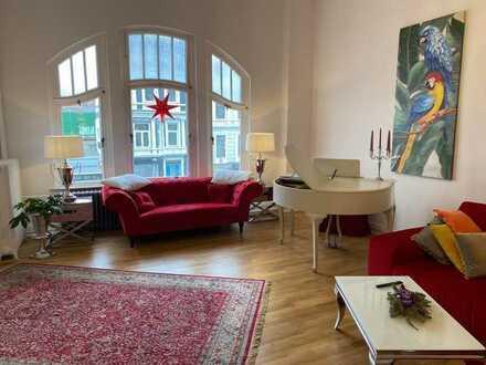stilvolle geräumige 4-Zimmer-Wohnung in Jugendstilhaus zentral gelegen