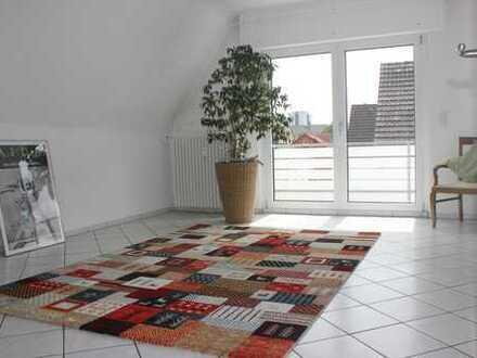 Schöne, geräumige 2 Zimmer Wohnung in Langen (Hessen)