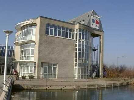 GILDE-Zentrum: Repräsentativ auf 34 m²
