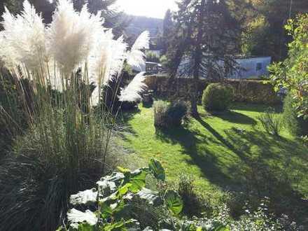 Sofort verfügbar mit Traumgrundstück im Parkstil !! Stromberg-Stadt, Expose lesen bzgl. dem Haus