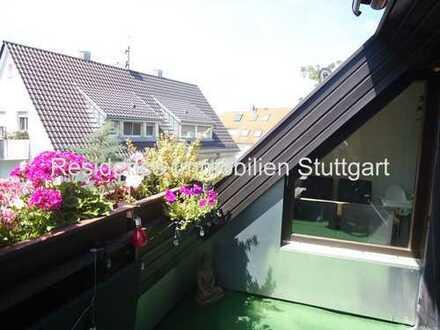 Sonnige 4-Zimmer-Mais.-Wohnung mit Dachloggia, EBK und TG-Stellplatz in Stuttgart Zuffenhausen