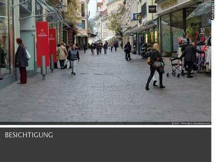 Schickes Ladengeschäft, in Baden-Baden nahe der Fußgängerzone