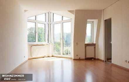 2-Raum Wohnung mit Lift, EBK und Balkon