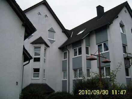 Große Wohnung auf dem Rassberg mit Balkon
