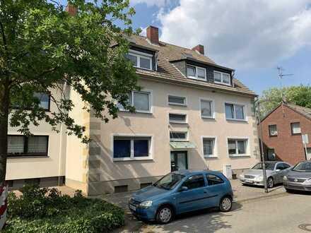DU-Serm, in gepflegtem Haus, 1 Zimmer, große Küche, Balkon