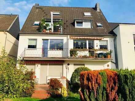 Wertstabiles, kleines Mehrfamilienhaus in ruhiger Wohnlage Flittard inkl. 3 Garagen!
