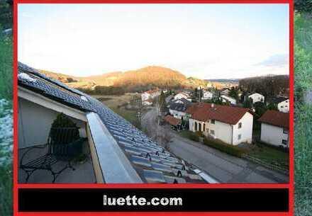 Attraktive 3-Zimmer-Terrassenwohnung, Lift EBK, Dachbalkon, Bad mit Wanne / Dusche / Bidet, Kelle...