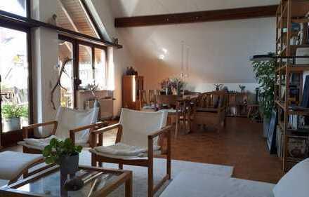 Sanierte Studio-Wohnung mit drei Zimmern und Balkon in Miltenberg