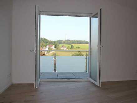 Hochwertig sanierte 2-Zi-Dachgeschosswhg. mit traumhafter Aussicht in Hanglage in Aichach/Klingen