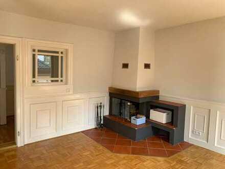 Traum unterm Dach - Helle vier Zimmer Dachgeschoß-/Maisonette-Wohnung