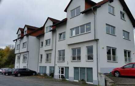 Helle Praxis- oder Büroräume in guter Lage im Gewerbegebiet von Usingen