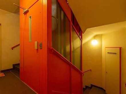 zwei Zimmer-Wohnung(Grünanlage an der Alb lädt zum Spaziergang ein)