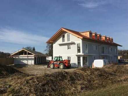 Neubauwohnung mit Terrasse und eigenem Garten in Dürrnhaar