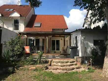 5 Zimmer Haus in Schönster Lage Mainz-Kostheims zu vermieten