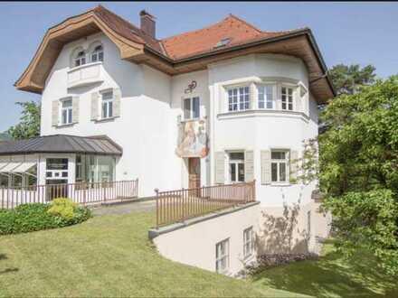Gepflegte 4-Raum-Wohnung mit Einbauküche in Peißenberg