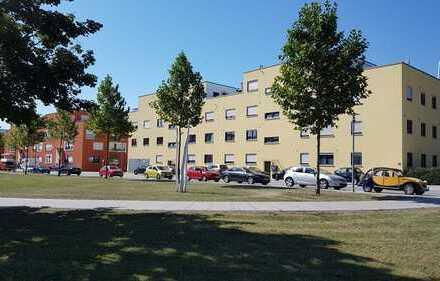 Neuwertige 4-Zimmer-Wohnung mit Balkon und Einbauküche in Paarstraße, Regensburg