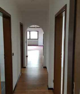 Sonnige 4-Zimmer-Wohnung