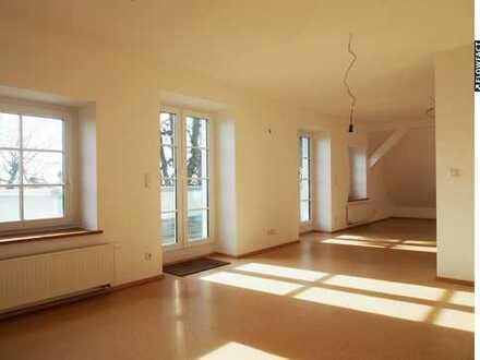 Renovierte Altbau-Maisonettewohnung in herrlicher Aussichstlage von Rottenacker