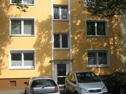 Vollständig renovierte 2,5-Zimmer-Wohnung mit Einbauküche in Essen-Altendorf