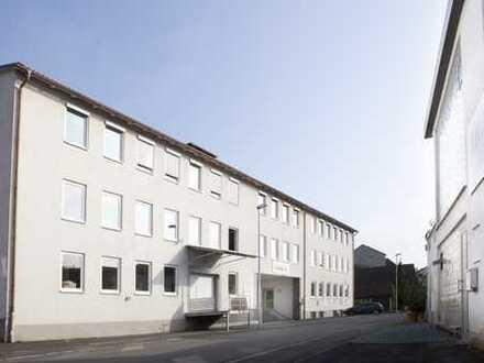 Industriegebäude mit großem Büro, Produktions-u. Lagerflächen an der A73