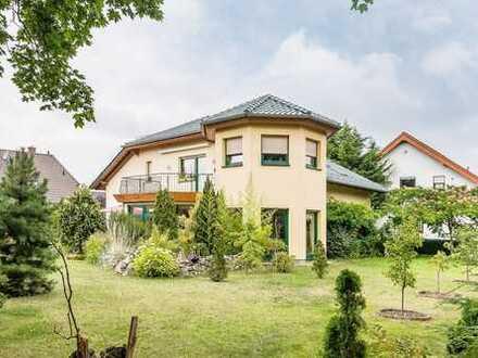 Großzügiges Erdgeschoß mit grüner Oase in Bernau bei Berlin - Ortsteil Ladeburg
