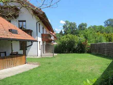 DHH mit Garten an Ortsrand v. privat, 176m² VMF, 52 NF