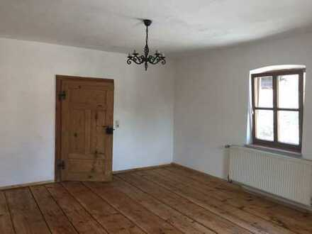 Modernisierte 2,5-Zimmer-Wohnung mit Balkon und EBK in Ering, Nähe Bäderdreieck