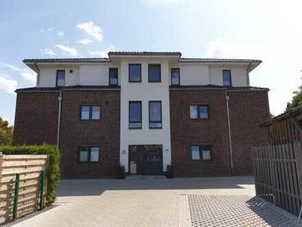 Neuwertige-Erdgeschosswohnung mit Gartenanteil und Carport in ruhiger Wohnlage von Papenburg-Unte...