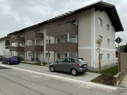Erstbezug - Schicke, moderne DG-Wohnung mit großem Balkon im Zentrum von Ampfing