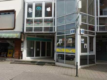 *Ladengeschäft in der Innenstadt in Weinheim*