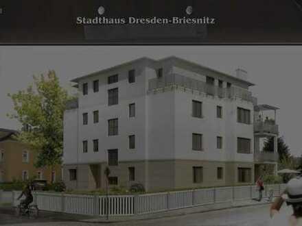 Wunderschöne 4-Zimmer-Penthouse-Wohnung mit 3 Terrassen und EBK in Dresden