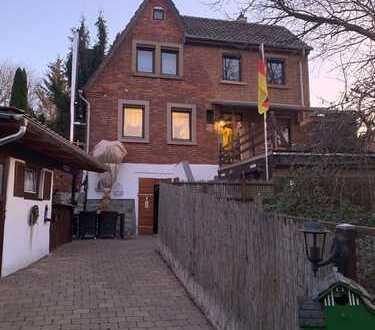 Schönes Haus, auch WG geeignet, in ruhiger Lage zur Miete!