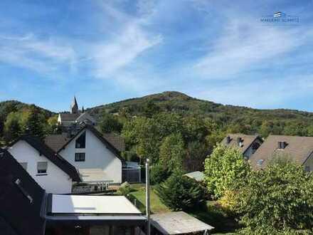 Traumaussicht im Siebengebirge - Exklusive 4 Zimmer Wohnung auf ca.154m² mit 2 Balkonen