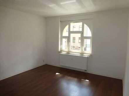 Preiswerte sanierte 2-Raumwohnung in Lichtenstein (Webendörfer Strasse)