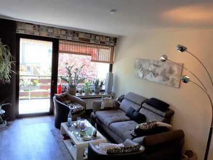 Gepflegte Wohnung mit zweieinhalb Zimmern, Balkon; keller in Mülheim an der Ruhr